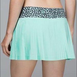 Lululemon 6 Pleat to Street Skirt Tranquil Blue